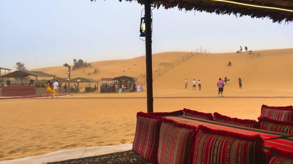 dubai-desert-safari-sandboard