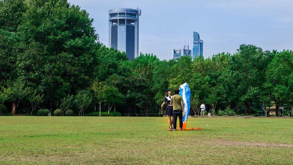 Wypuszczanie latawca w Fuxing Park