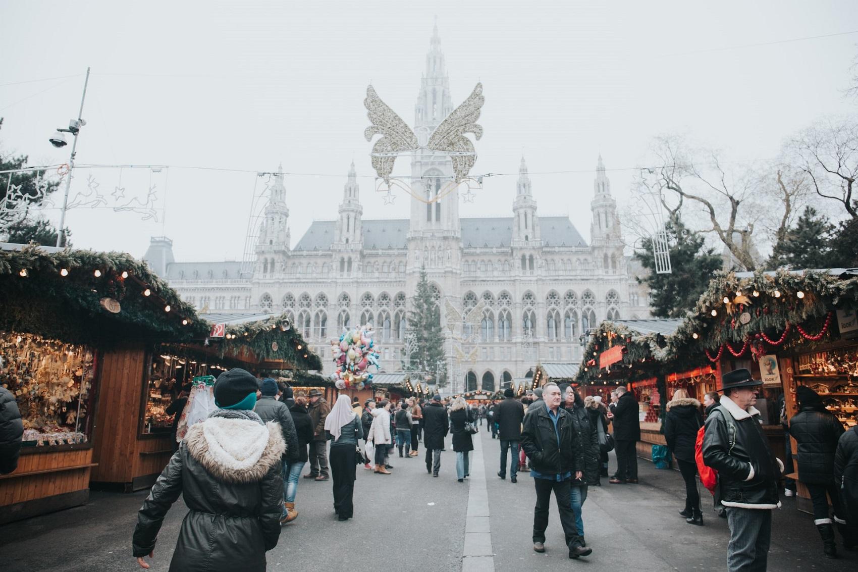 Gdzie wyjechać w grudniu na jarmark świąteczny?